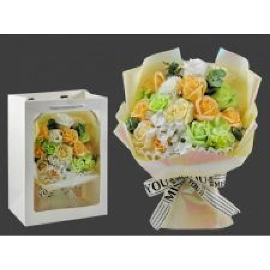 Kvety z mydla, kytica, krémovo-zelenkavá 23x30cm