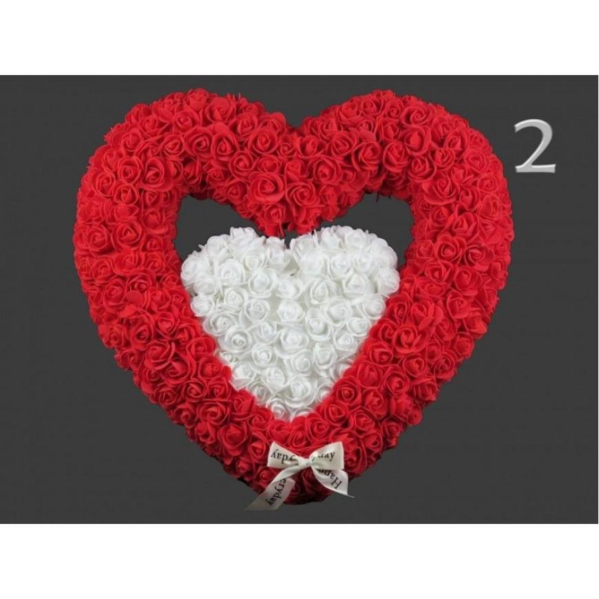 Srdce v srdci z umelých ruží s mašľou 43x41cm červeno-biele